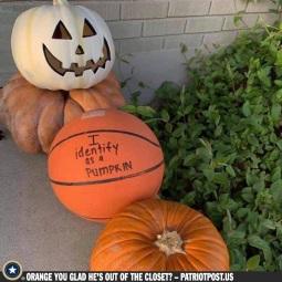 identifying as a pumpkin
